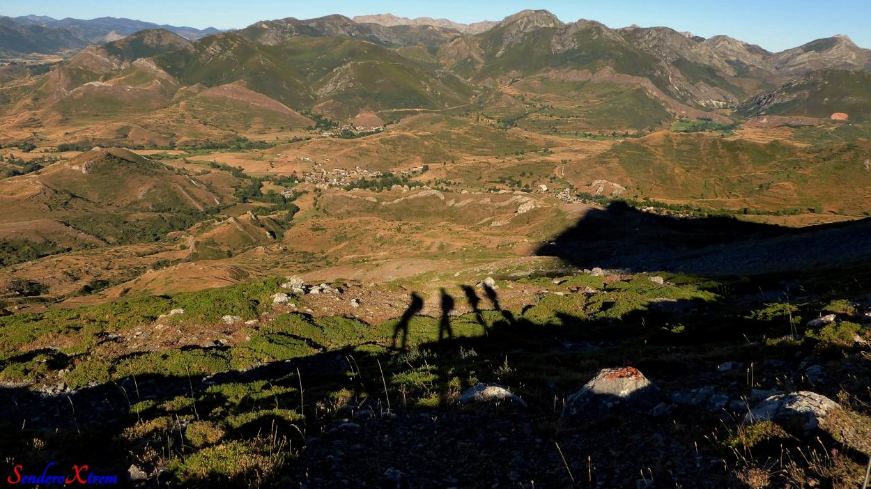 Nuestras sombras con Torrebarrio y Genestosa al fondo