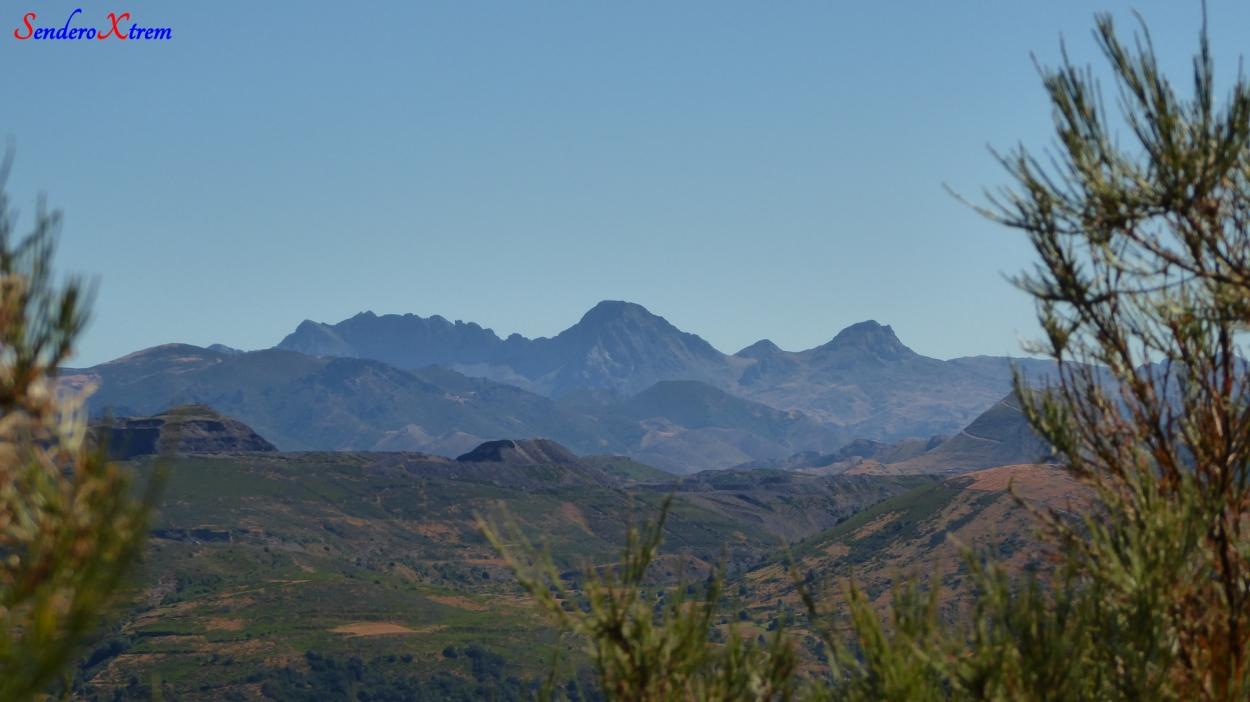 Vista del macizo de Ubiña